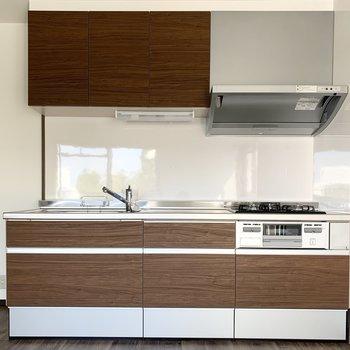 キッチンもゆったりサイズ。(※写真は同間取り3階のお部屋です)