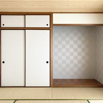 【和8】床の間も和の空間ながら市松模様で少し変化を。