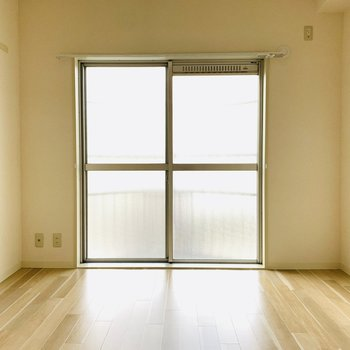 【洋室2】1つ目の洋室と同じように見えて...?