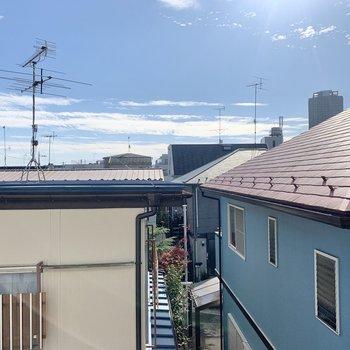 天気の良い日は空を見上げて