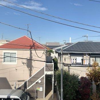 眺望は閑静な住宅街が広がっています