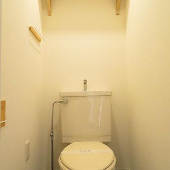 温水洗浄便座はありませんが小物類はTOMOS仕様に