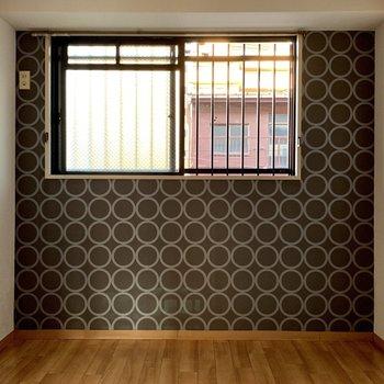 工事前】寝室は程よい広さ。ウインドウエアコンのみ設置可能です