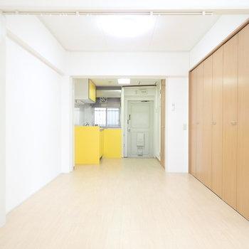 キッチンが幸せの黄色