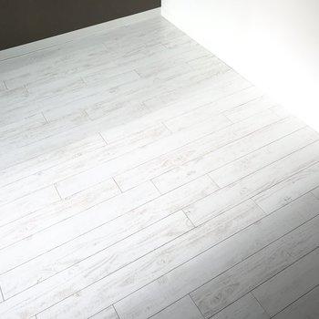 この床がいい味出してます〜。