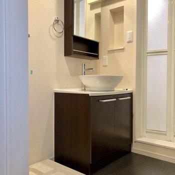ホテルライクの洗面台(※写真は清掃前です)