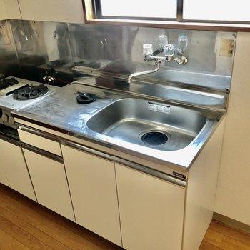 キッチンは作業スペースがしっかりと