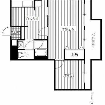 洋室のベランダが繋がっている2DKのお部屋です。