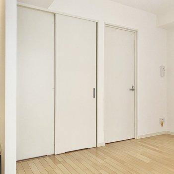【Bedroom】ちょっぴり地下みたいでワクワクします。