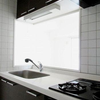 お部屋を見ながらお料理♩(※写真は9階の同間取り別部屋のものです)