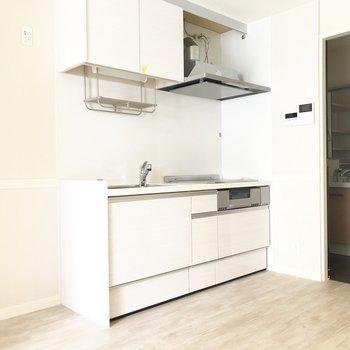 【DK】キッチンをみてみましょう。※写真は前回募集時のものです