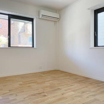 【イメージ】寝室も2面採光で明るいです!