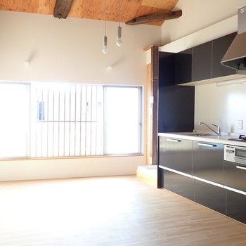 キッチンの左上に、小さい神棚のようなスペースがあります!かわいい!