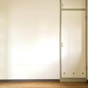 【洋室4.5帖①】収納を占めるときれいです