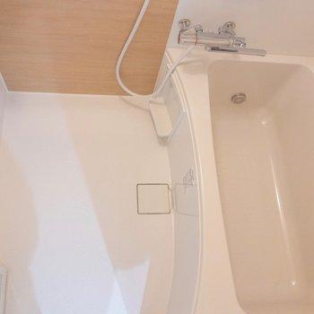 浴室乾燥機能付きのお風呂です