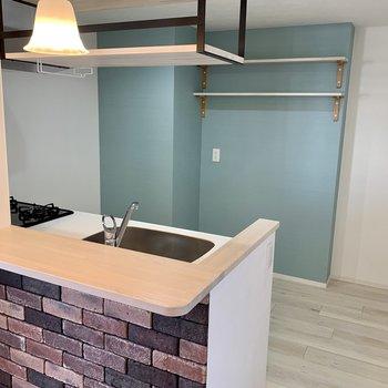 洋室ほどのスペースがあります◎冷蔵庫だって食器棚だって置けます。