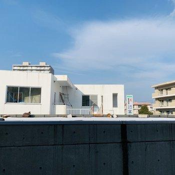 リビングからの眺望〜お隣の建物を調度越したぐらい〜