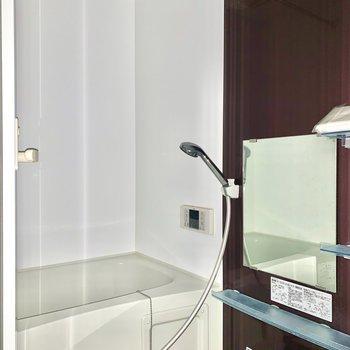 浴室乾燥機付きです※写真はクリーニング・通電前のものです