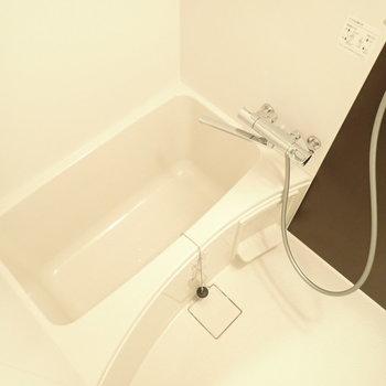浴室乾燥機つきです!