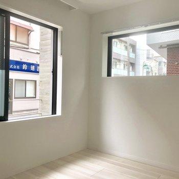 角部屋、2面採光◯※写真は1階の同間取り別部屋のものです