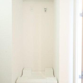 洗剤は上に置けます!(※写真は13階の同間取り別部屋のものです)