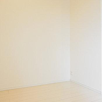 左にはソファ、右にはテレビを置けばシアタールームの完成!