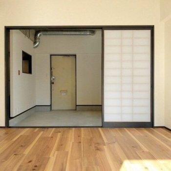 広々土間と洋室を仕切るのは障子。和な感じがいい!