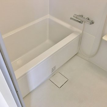 バスルームも綺麗になってます♩※写真は同タイプの別室。
