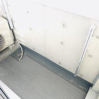 浴室乾燥もありますが、たまには外で干すのも悪くない。