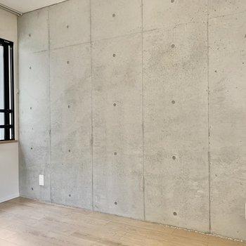 コンクリートでクールさもプラスされています※写真は3階の同間取り別部屋のものです
