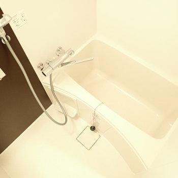 浴室乾燥機つきです!※写真は同間取り別部屋のものです