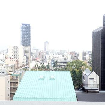 最上階は、眺めがいいなあ。※写真は11階同間取り別部屋のものです