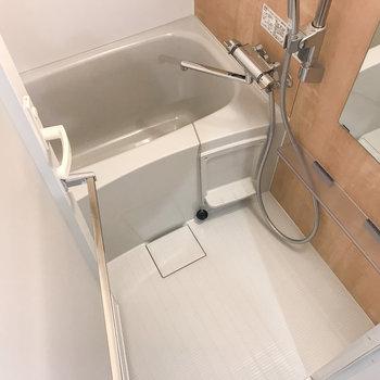 お風呂はアクセントパネルに癒されます