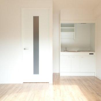 キッチンも同じ空間にありますね。