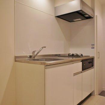 キッチンは大きめのサイズ。※写真は、1階の同タイプのもの