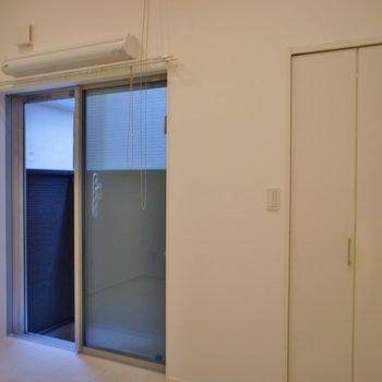 お部屋自体は狭めですが、、、。※写真は、1階の同タイプのもの