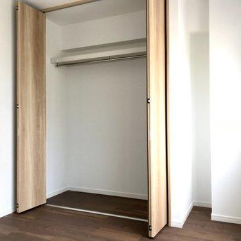 ここにも収納があるので、すっきりできそうですよ。(※写真は6階同間取り別部屋のものです)