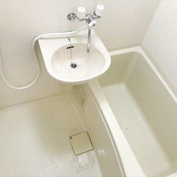 浴室とトイレはセパレートタイプ!