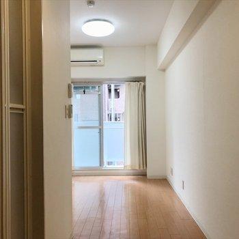 6.9帖ある個室はきっちりプライベート空間!