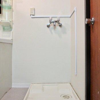 洗濯機置き場は隣に※写真は前回掲載時のものです