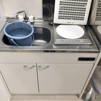 IHコンロは調理スペースにもなりますね。