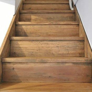 さてさて、上の階へ、、、