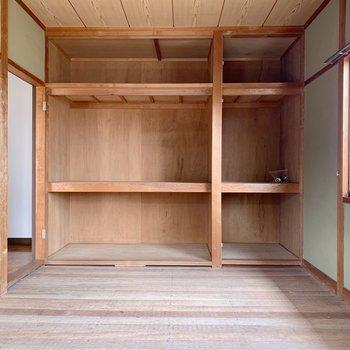 〈2階和室〉ダブルサイズの敷ふとんも楽に収納できそうです。(※写真は畳と襖設置前のものです)