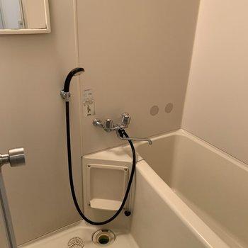 浴槽付きでゆっくり浸かれますね◎