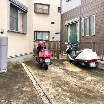 バイク置き場がありました。お出掛けもしやすい。