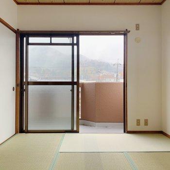 〈和室②〉こちらにも窓、ついていましたよ◯