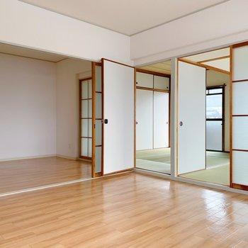 〈LD〉奥に和室が2つ、手前に洋室が2つ!なるほど〜