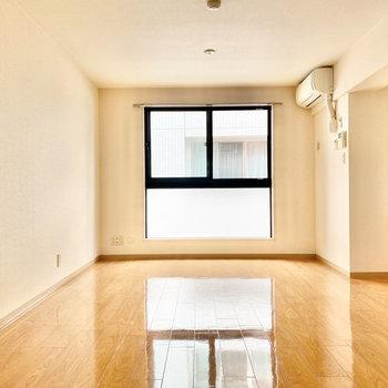 開放的なお部屋です。※写真は3階の同間取り別部屋のものです