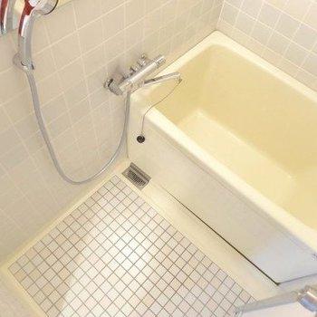 【イメージ】浴室は既存利用ですが、水栓レバーは交換します◎※追い焚き付き