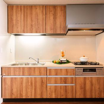 【DK】キッチンはゆったりとしています。※家具・調度品等はサンプルです